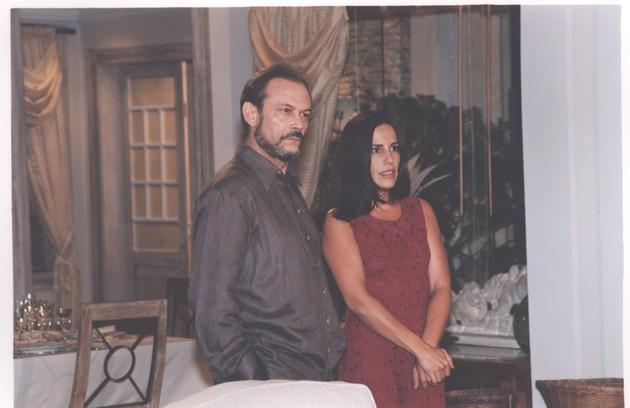 Glória Pires com José Wilker em 'Suave veneno' (Foto: Nelson Di Rago/ TV Globo)