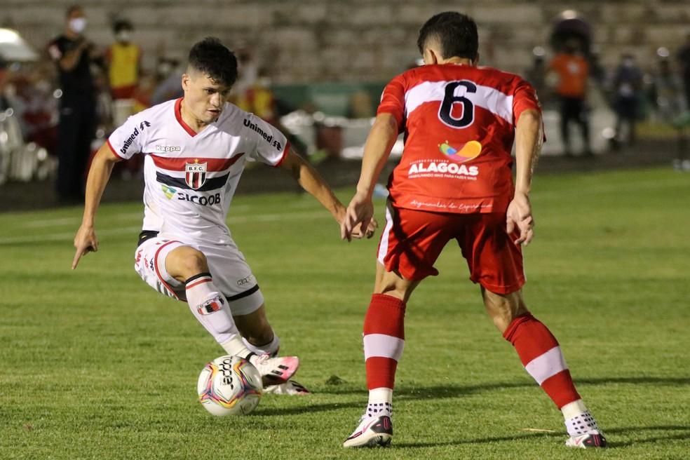 Botafogo não desiste de contratar Ronald e busca alternativas para a posição — Foto: José Bazzo/Agência Botafogo