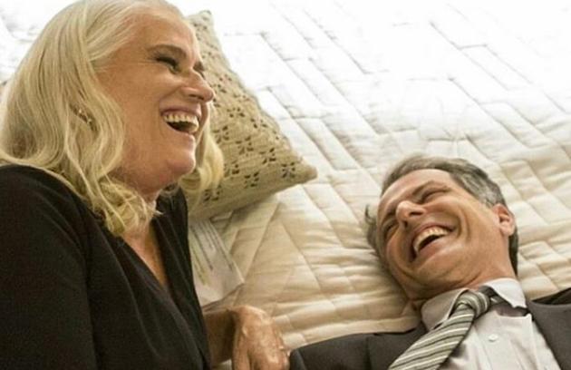 Marcelo Várzea, o delegado Celso, publicou no Instagram uma foto com Vera Holtz, a Magnólia da história. 'Dos maiores prazeres da vida. Gargalhadas, cumplicidade, talento e sintonia. Valeu , Vera!', escreveu o ator (Foto: Reprodução)