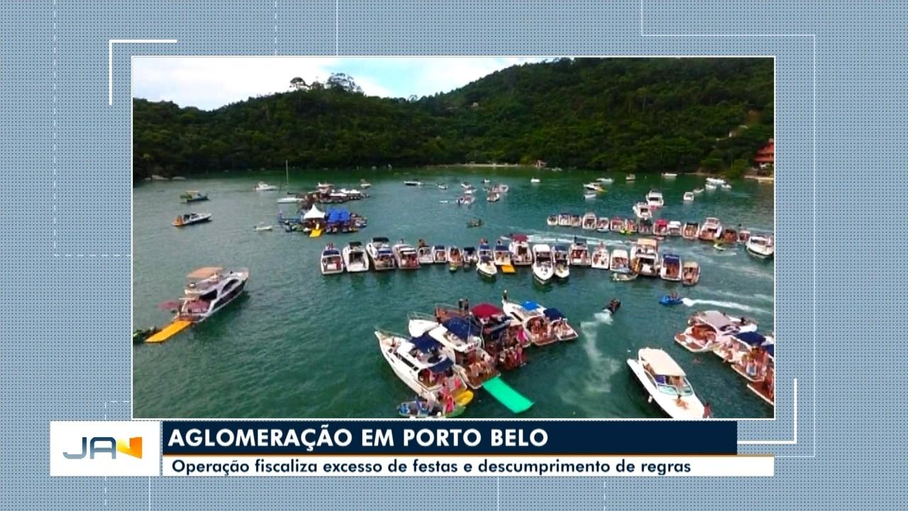 Operação fiscaliza excesso de festas e descumprimento de regras em alto mar, em Porto Belo