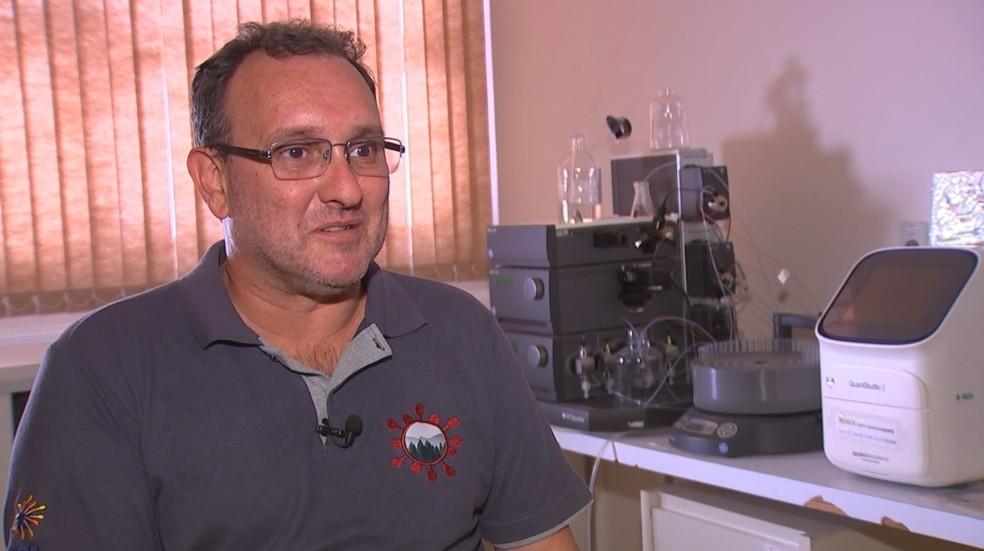 Pesquisador Maurício Lacerda Nogueira, da Famerp de Rio Preto — Foto: Reprodução/TV TEM