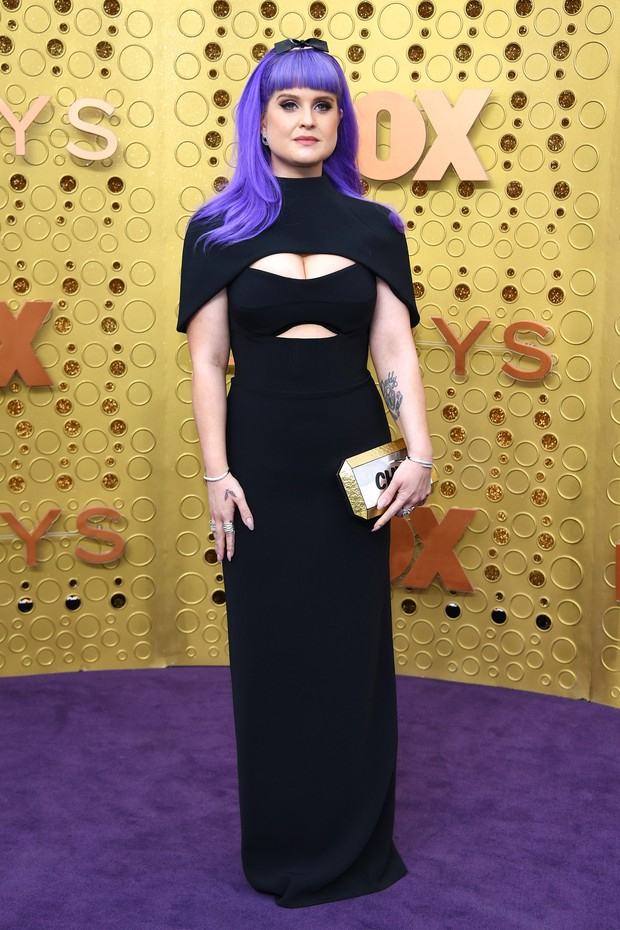 Kelly Osbourne usa Brandon Maxwell (Foto: Getty Images)