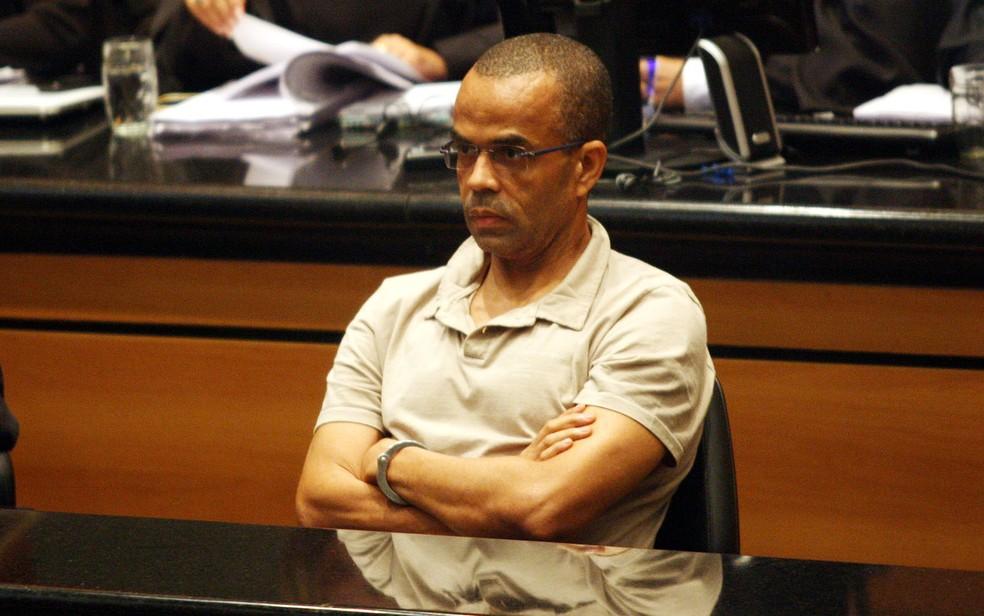 Em julgamento no Tribunal de Justiça, no Centro do Rio, o traficante Luiz Fernando da Costa, o Fernandinho Beira-Mar — Foto: Tasso Marcelo/Estadão Conteúdo