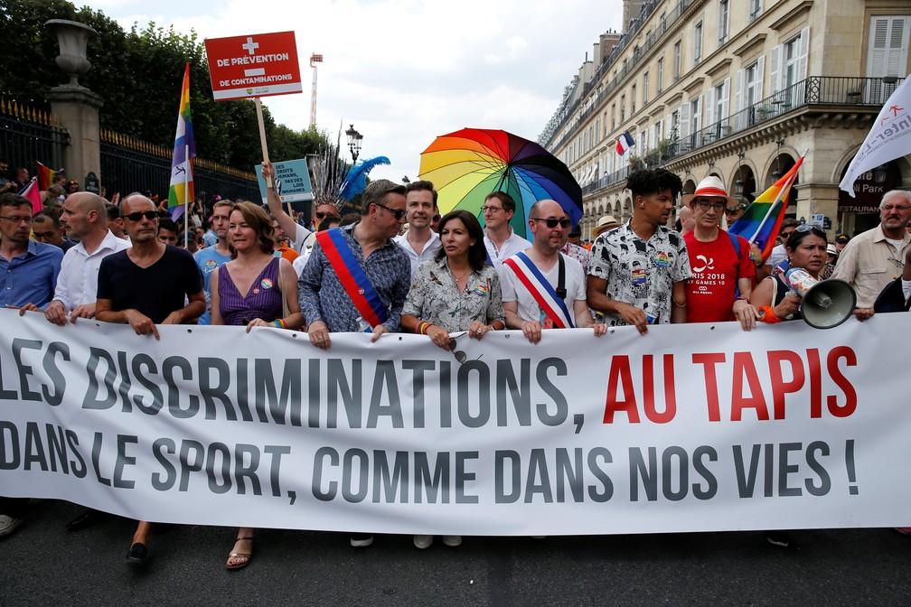 Parada Gay na França (Foto: Reuters)
