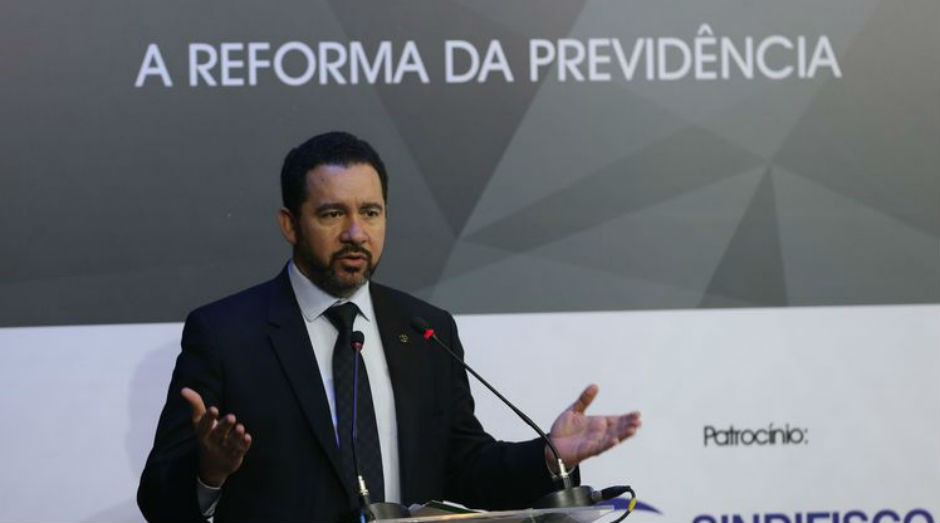 O ministro do Planejamento, Orçamento e Gestão, Dyogo Oliveira: governo quer esclarecer mudanças (Foto: Wilson Dias/Agência Brasil)