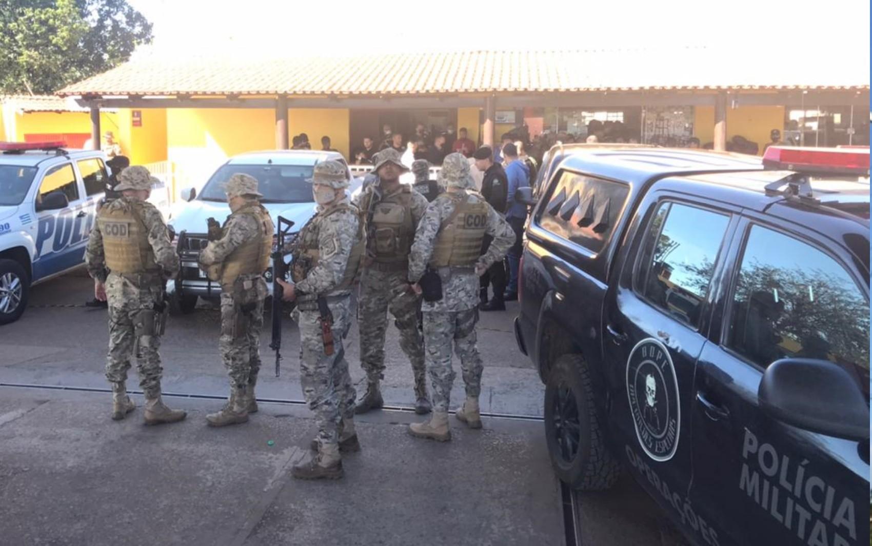 Secretário retoma força-tarefa com 200 policiais para 8º dia de buscas a Lázaro: 'Está acuado e ficando mais perigoso'