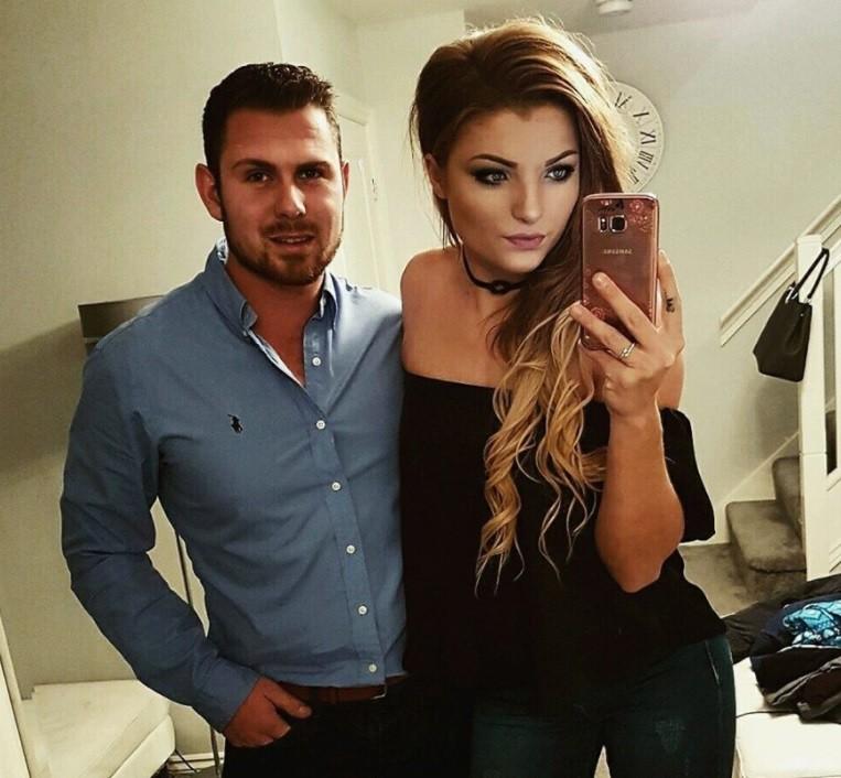 Stephen e Natalie: só ela maquiada