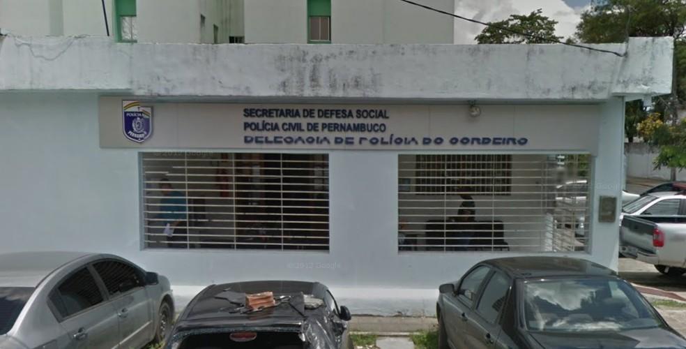 Delegacia do Cordeiro fica na Zona Oeste do Recife — Foto: Reprodução/Google Street View