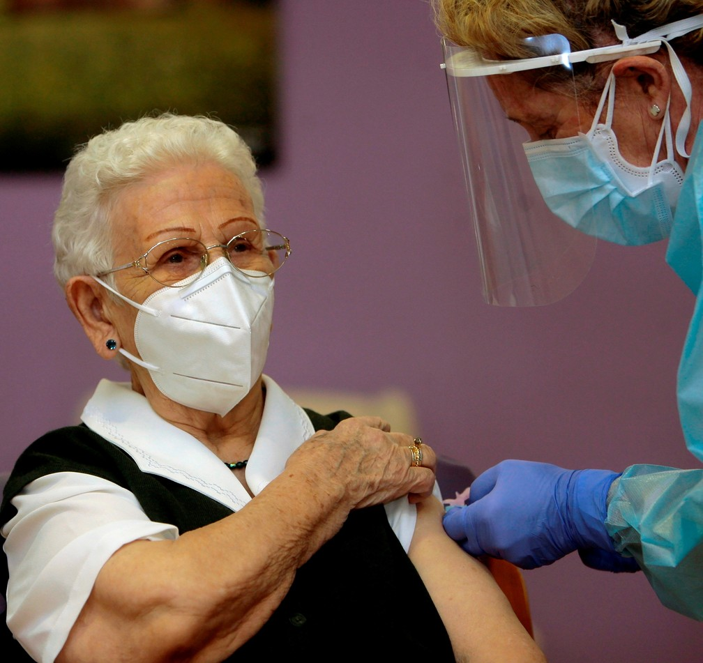 União Europeia começa campanha para vacinar seus 450 milhões de moradores |  Vacina | G1