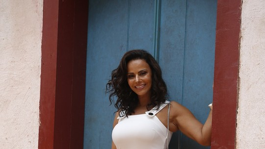 Relembre estreia de Viviane Araújo como atriz