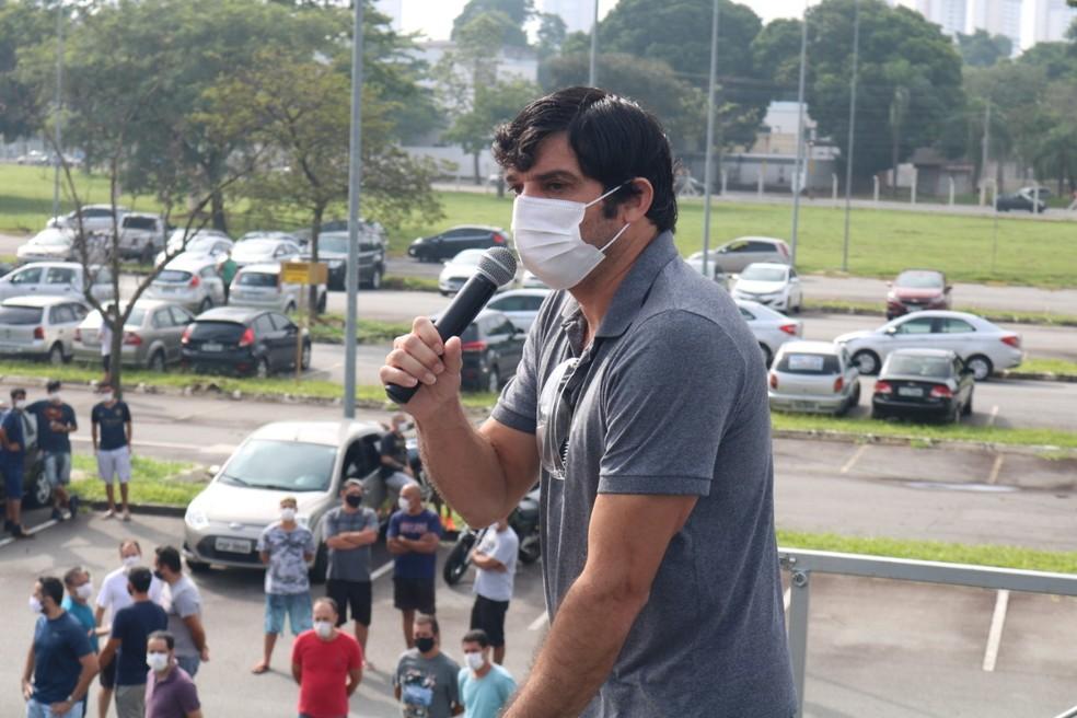 Sidivaldo Borges, dirigente sindical na Ford Taubaté e contratado como operador de máquinas há 26 anos — Foto: Arquivo Pessoal