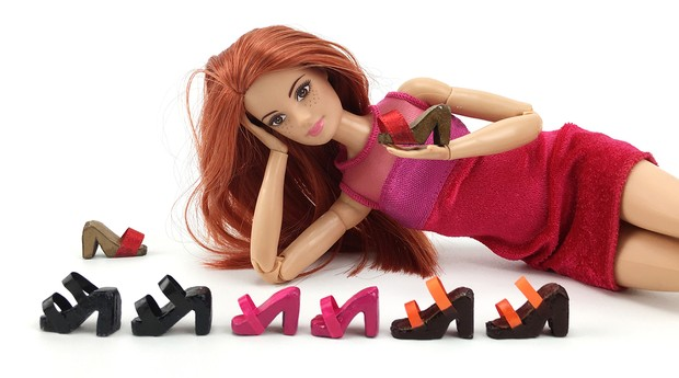 Sapatos para bonecas produzidos no canal (Foto: Divulgação)