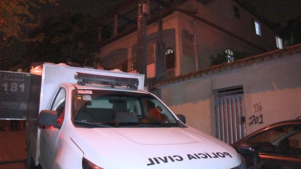 Crime aconteceu na casa de Luciana, em Aribiri (Foto: Reprodução/ TV Gazeta)