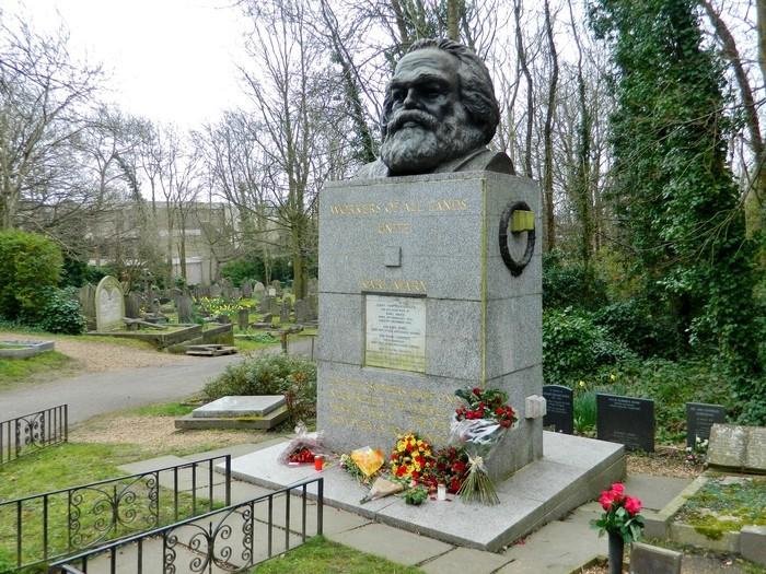 Túmulo de Karl Marx, em Londres (Foto: Wikicommus)