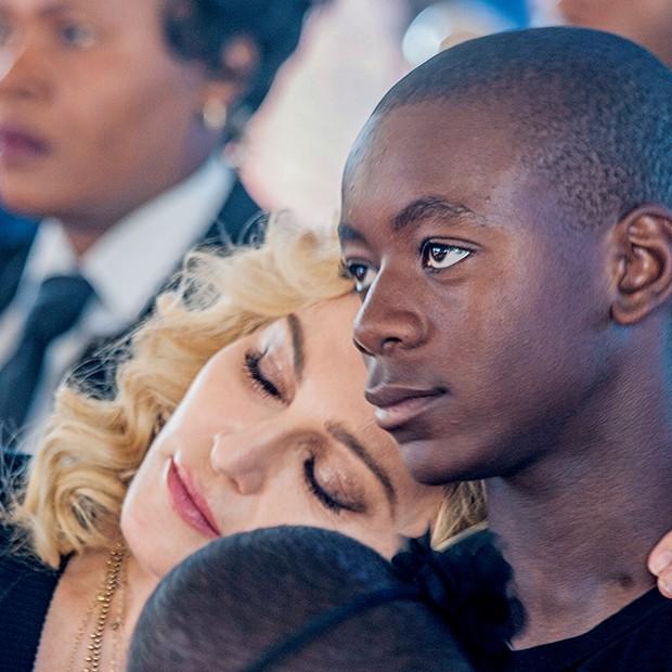 Carinho com  David Banda  (Foto:  )