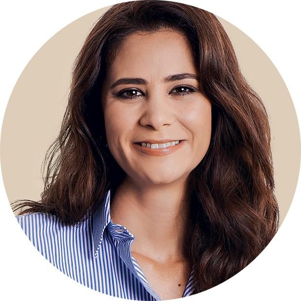 Carolina Ambrogini é ginecologista (CRM 102706), obstetra e sexóloga, coordena o Projeto Afrodite, da Unifesp. Aqui, ela dá dicas de saúde e relacionamento para a mulher que tem filhos. É mãe de Marina, 9 anos, e Victor, 8. (Foto: Guto Seixas / Editora Globo)