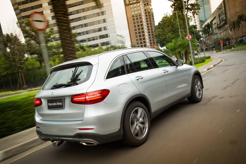 Mercedes-Benz anuncia recall do GLC por falha no cinto de segurança