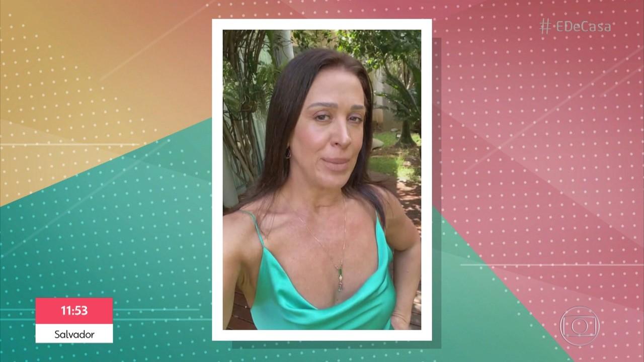 Claudia Raia grava mensagem para Ney Latorraca
