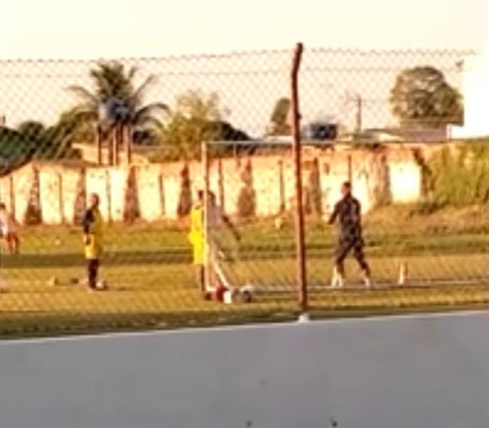 Goleiro chegou nesta quita-feira e já treinou com elenco do Estrelão — Foto: Reprodução
