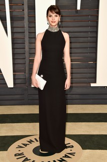 Felicity Jones de Saint Laurent