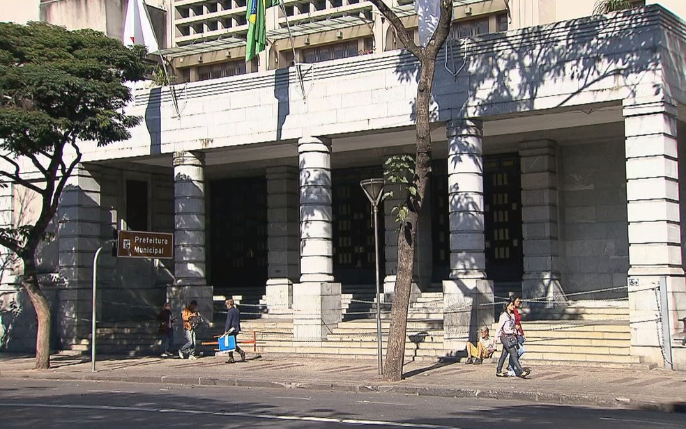 Prefeitura de Belo Horizonte, na Avenida Afonso Pena — Foto: Reprodução/TV Globo