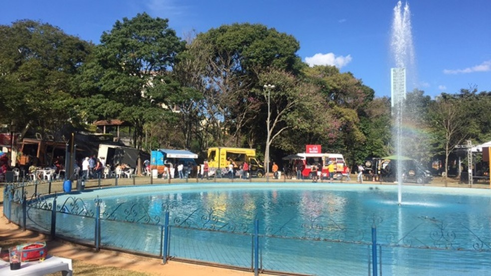 Praça Sesquicentenário em Serra Negra   (Foto: Patrícia Amoroso)