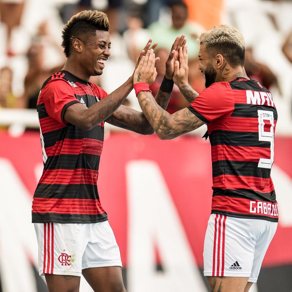 A dupla Gabigol e Bruno Henrique foi responsável por 15 gols e 10 assistências até o momento na temporada. — Foto: Jorge R Jorge/BP Filmes