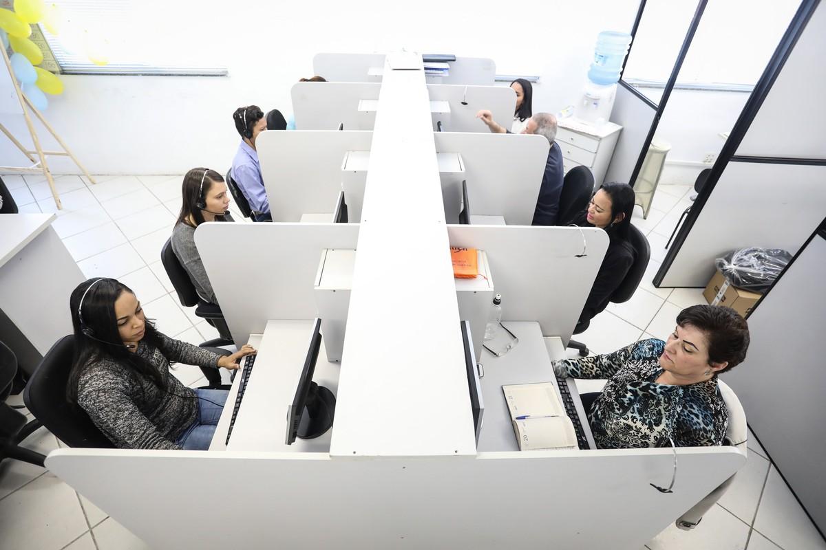 Sine de Campina Grande oferece 261 vagas de emprego em call center
