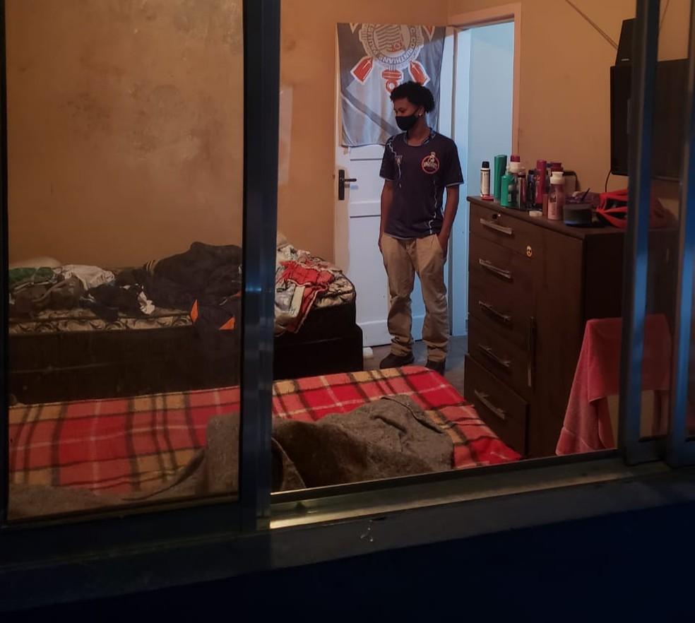 Vagner mora em Taboão da Serra, na Grande São Paulo. O aluguel, de R$ 500, é dividido com um amigo — Foto: Arquivo pessoal