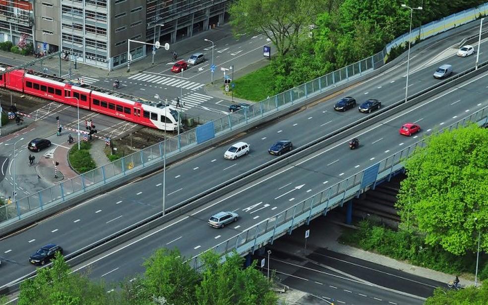 Rodovias na Holanda terão o limite de velocidade reduzido — Foto: Divulgação