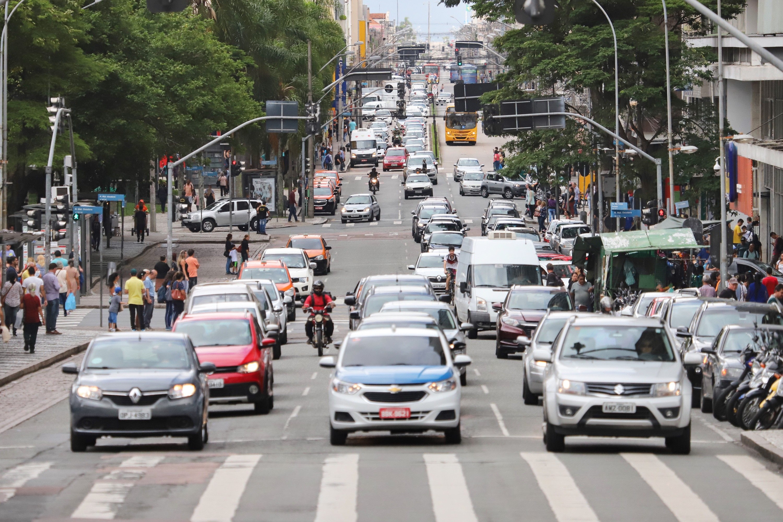 E-book do Detran-PR explica mudanças no Código de Trânsito Brasileiro, válidas a partir desta segunda-feira (12)