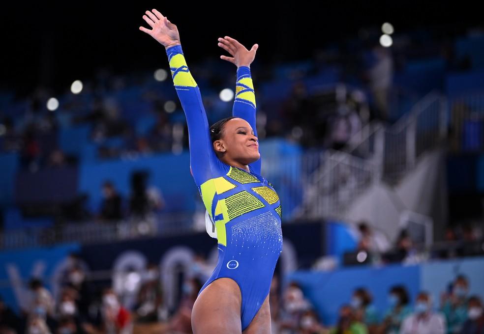 Rebeca Andrade é prata no individual geral — Foto: Reuters