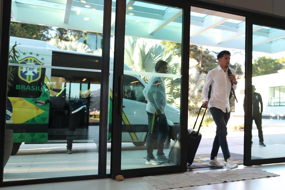 Marquinhos chega à  Granja Comary para a apresentação à seleção brasileira que vai à Copa do Mundo 2018 (Foto: Lucas Figueiredo/CBF)
