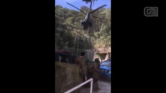 VÍDEOS: De helicóptero, militares chegam ao alto da Rocinha