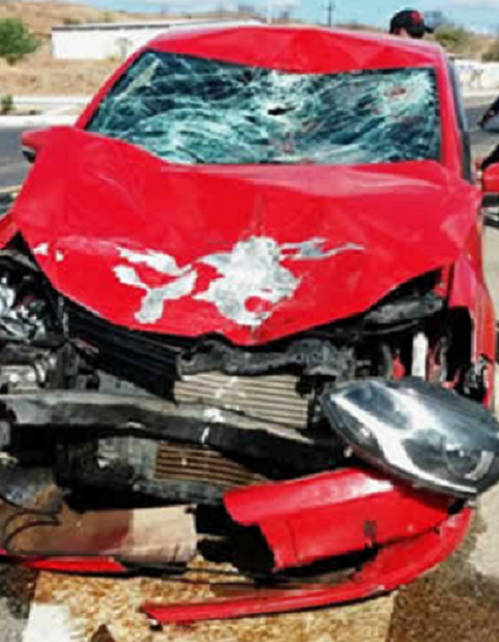 Moto bateu de frente com o automóvel. Motorista não ficou ferido. Agricultor que morreu morava em Assaré (Foto: Polícia Militar)