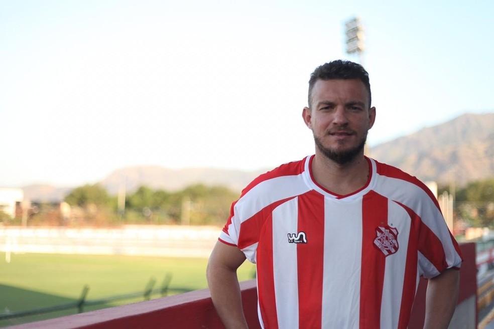 Marcelo Mattos é um dos nomes conhecidos da competição — Foto: Divulgação / Bangu Atlético Clube