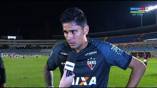 Jefferson comenta empate no clássico e comemora volta ao gol do Atlético-GO