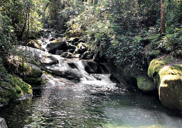 As águas cristalinas do Poço das Esmeraldas. (Foto: Divulgação)