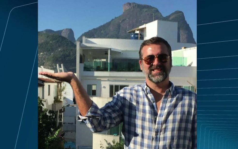 Hélio era dono de uma rede de óticas no Rio (Foto: Reprodução / TV Globo)
