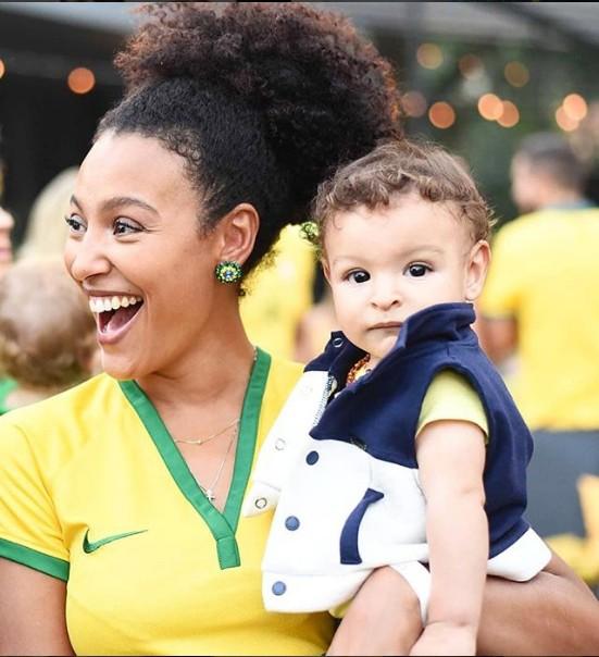 Sheron Menezzes e o filho, Benjamim (Foto: Reprodução/ Instagram)