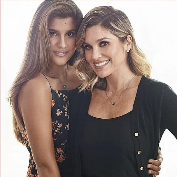Giulia Costa e Flávia Alessandra (Foto: Reprodução Instagram)