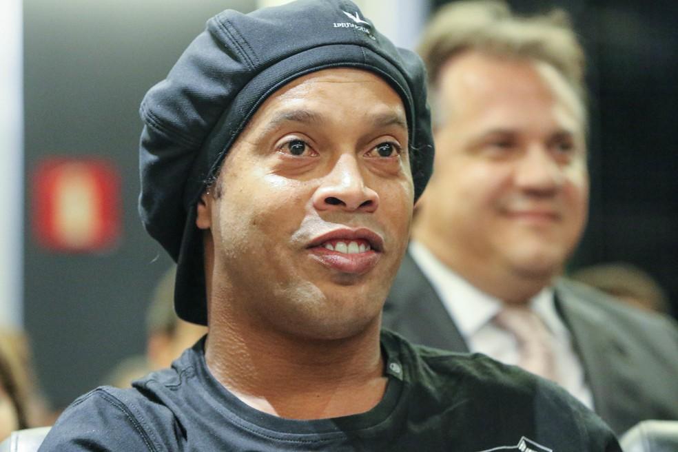 Ronaldinho em homenagem no Atlético-MG — Foto: Bruno Cantini/Atlético-mG