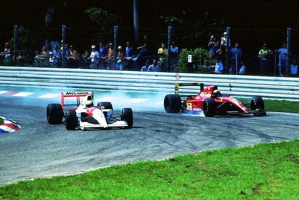 Senna e Prost tiveram entrevero depois do GP da Alemanha de 1991 — Foto: Reprodução/rede social