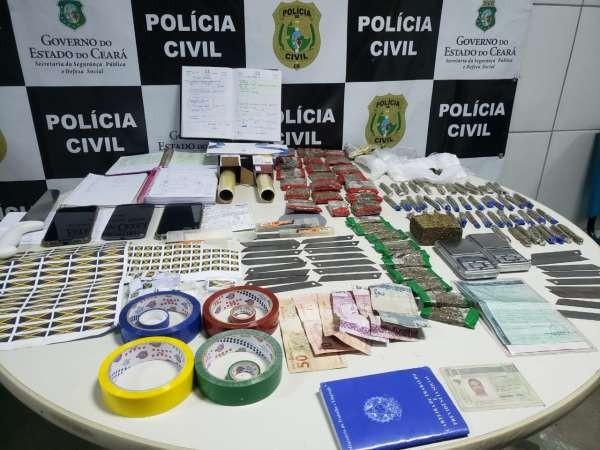 Pai e filho são presos em flagrante por tráfico de drogas em Sobral, no interior do Ceará