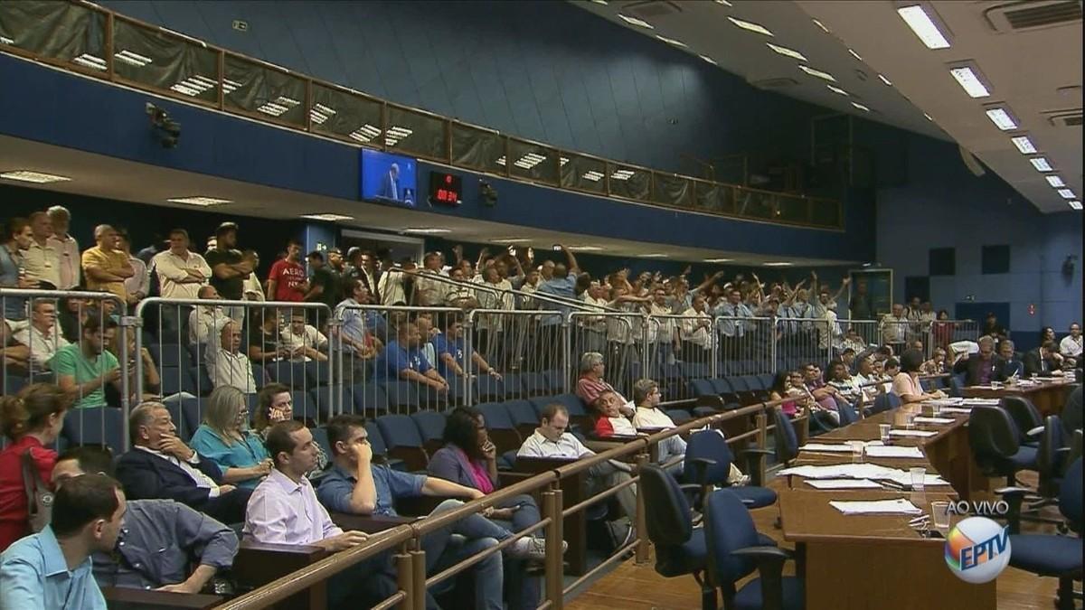 Câmara de Campinas aprova projeto de lei que regulamenta transporte por aplicativos