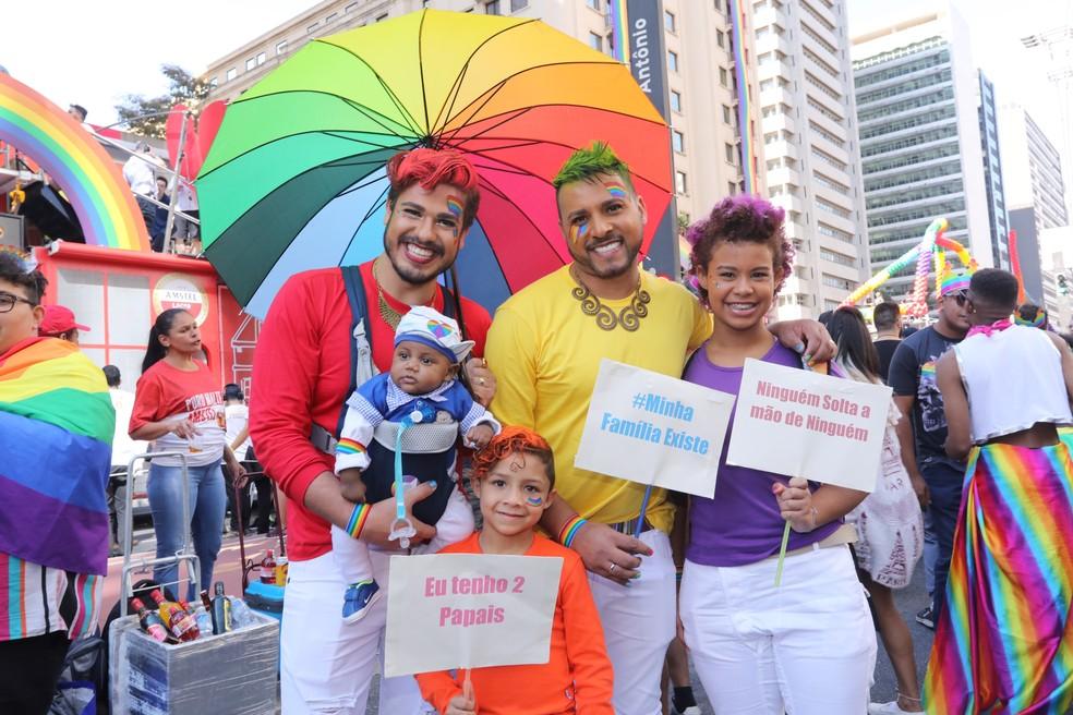 Participantes da 23ª Parada LGBT em São Paulo.  â?? Foto: Foto: Celso Tavares/G1