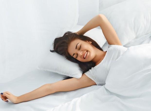 Hábitos que levem ao menos dois minutos podem ser benéficos à saúde (Foto: Shutterstock)