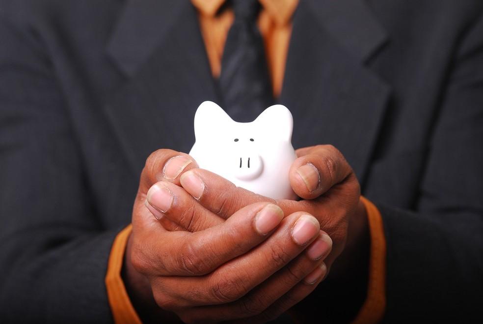 Problemas com dinheiro afetam a saúde física e mental dos funcionários e, por extensão, seu desempenho profissional  — Foto: Charles Thompson para Pixabay