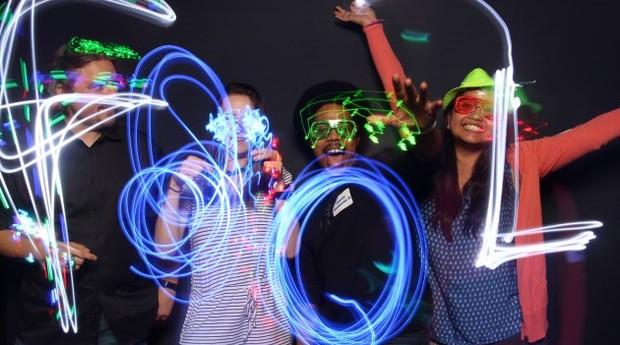 Funcionários em festa da The Motley Fool (Foto: Divulgação)