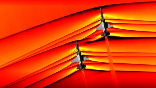 Não, este não é o descanso de tela de um fã de aviação, tampouco uma criação futurista feita no Photoshop (Foto: NASA)